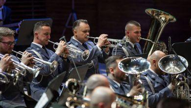 Policyjna orkiestra grała w NOSPR. Z okazji 100-lecia niepodległości i 45-lecia swojego istnienia