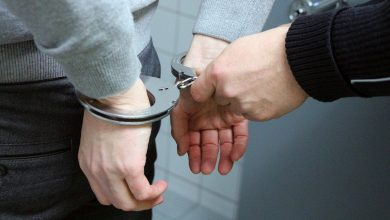 Wjechał na schody i prawie zabił 3-latka. Pijany kierowca odpowie za usiłowanie zabójstwa (fot. poglądowe/www.pixabay.com)
