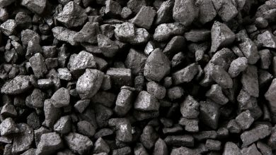 """Śląskie: Z dnia na dzień ubywało jej węgla w szopie. To sąsiad zrobił sobie z jej własności """"biznes"""" (fot.poglądowe)"""