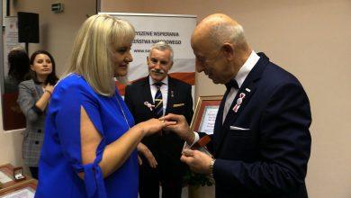 Dyrektor Telewizji TVS Małgorzata Piechoczek uhonorowana Pierścieniem Patrioty