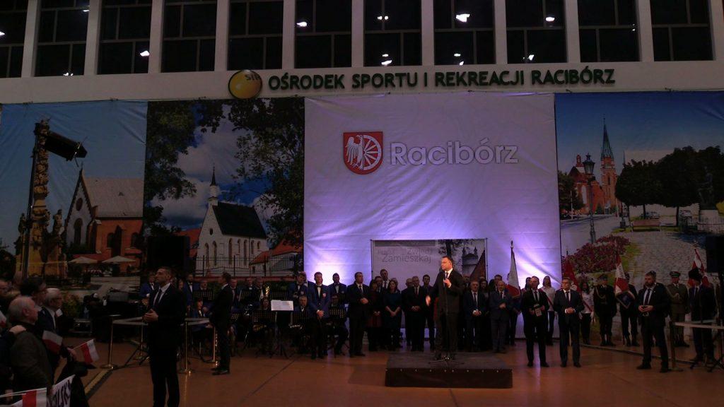 Prezydent Andrzej Duda spotkał się dzisiaj z mieszkańcami Raciborza w hali Rafako