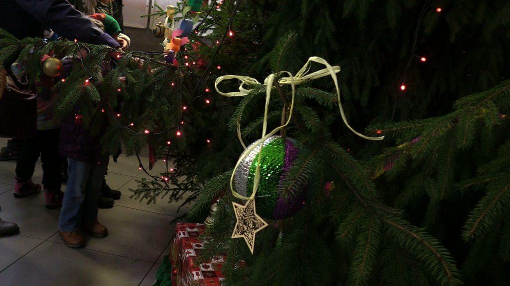W tym roku akcja odbyła się po raz szósty. Jak zwykle nie zabrało występów dzieci i Świętego Mikołaja.