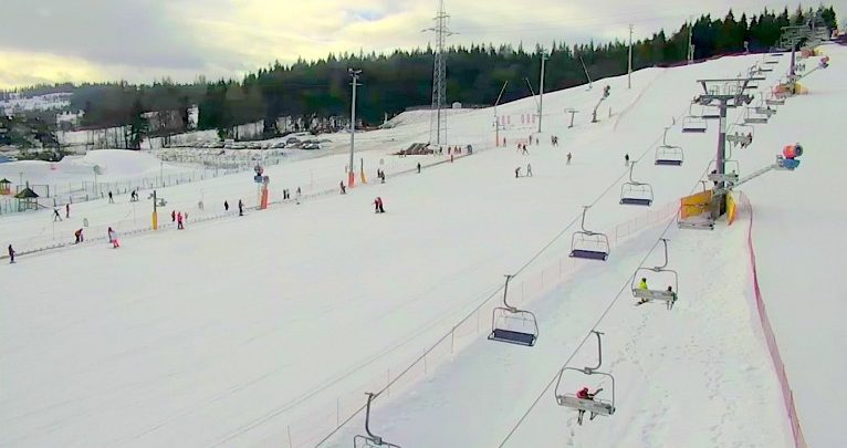 Jedziesz na narty? Sprawdź warunki na stokach w Wiśle [WARUNKI NARCIARSKIE W WIŚLE]