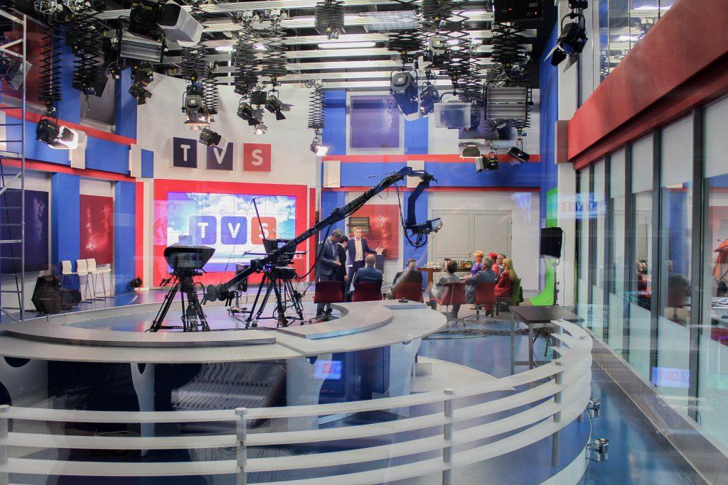 """Centrum Szkoleniowe Telewizji TVS pod hasłem """"Jak wystąpić i zabłysnąć """" zorganizowało szkolenie z wyjątkowym trenerem. Maciej Orłoś to jeden z najbardziej popularnych dziennikarzy i prezenterów telewizyjnych w Polsce"""