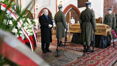 Jarosław Kaczyński na pogrzebie posłanki Szczypińskiej: Do końca nie schodziła z posterunku