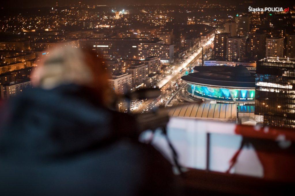 Snajperzy na dachach najwyższych budynków w centrum Katowic. Szczytowi COP 24 towarzyszą nadzwyczajne środki ostrożności (fot.KWP Katowice)