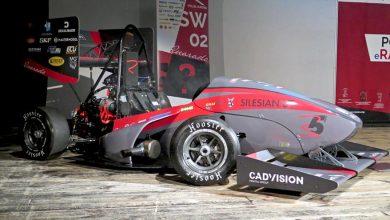 Studenci z zespołu PolSl Racing zaprezentowali kolejny innowacyjny pojazd bolid Quarado fot. K. Romankiewicz/UM Gliwice