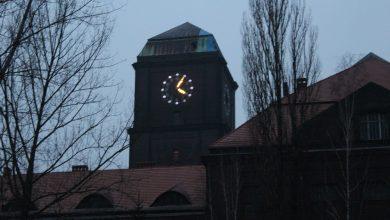 Bytom: Zegar EC Szombierki ożył po ośmiu latach [ZDJĘCIA]