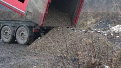Nielegalne wysypisko w Radzionkowie: ciężarówki chciały wysypać odpady