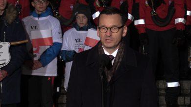 Premier Morawiecki w Katowicach: Ofiara górników z Kopalni Wujek to dla wielu latarnia wolności