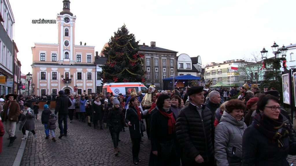 W niedzielę 6 stycznia przez polskie miasta przemaszerują orszaki Trzech Króli