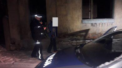 Będzin: policjanci uratowali życie bezdomnemu