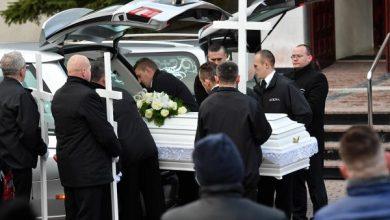 Pogrzeb 5 dziewczynek, które zginęły w pożarze escape roomu