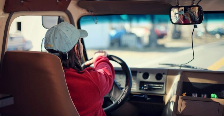 Zakaz odwożenia dzieci samochodem do szkół? Będzie jak w Wiedniu