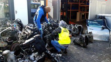 Kradł we Francji, sprzedawał na Śląsku [FOTO] Złodziej samochodów zatrzymany (fot. KWP Katowice)