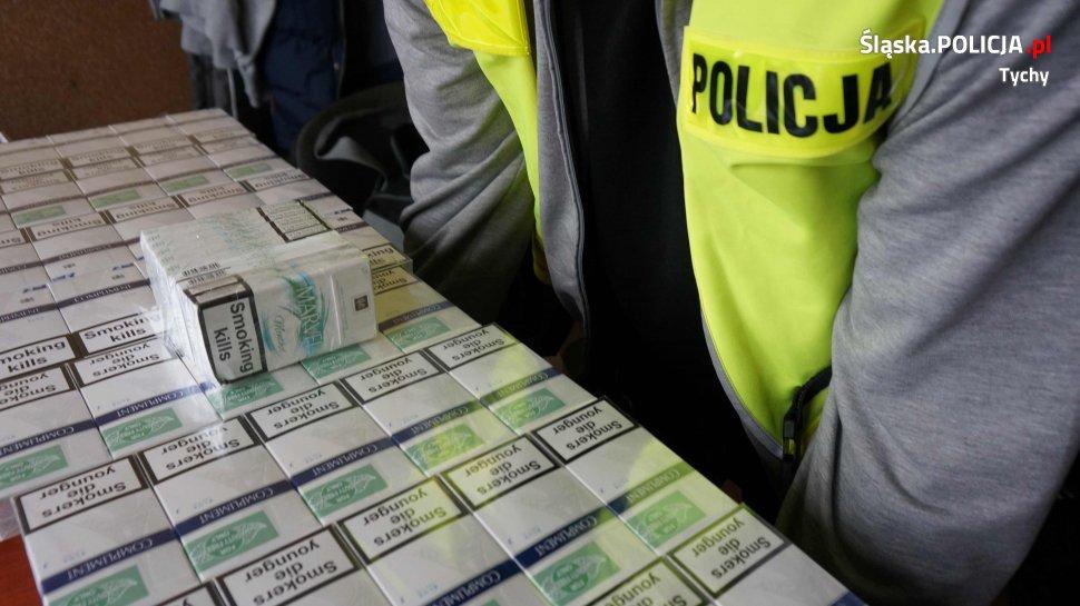 """Tychy: 30-latek handlował """"lewymi"""" papierosami. Grożą mu 3 lata więzienia"""