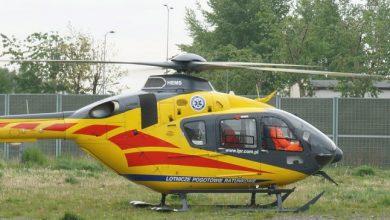 Śląskie: dramatyczny wypadek w Pisarzowicach. 18-latek zasnął za kierownicą. Interweniowało LPR