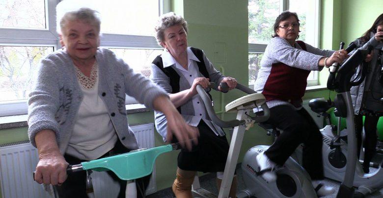 Czego potrzeba seniorom w XXI wieku? Odpowiedzi szukano na konferencji na Wydziale Nauk Medycznych WST