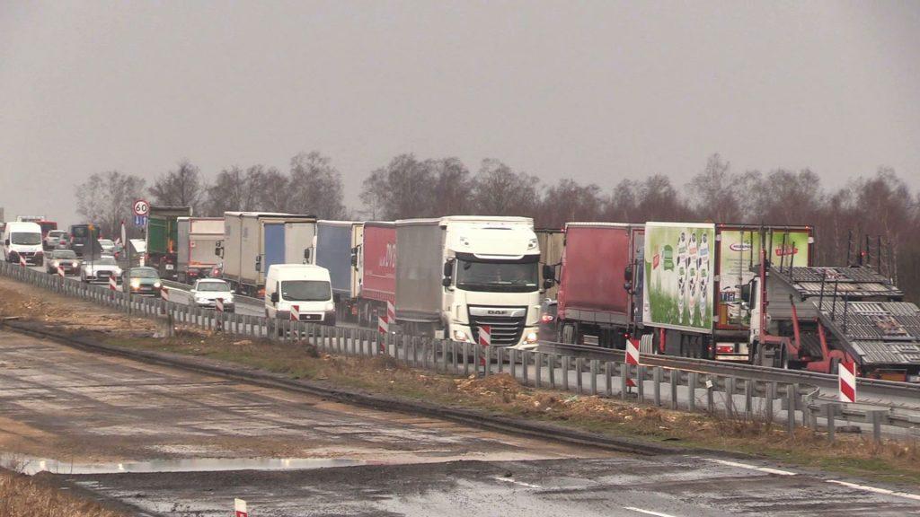 Dużo krócej niż zapowiadano trwał protest podwykonawców konsorcjum budującego autostradę A1