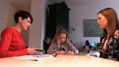 8-letnia Pola z Gliwic napisała książkę. KTO MIESZKA ZA MEBLAMI ma pomóc innym dzieciom walczyć ze strachem!
