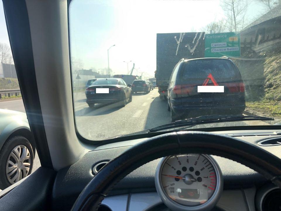 Chorzów: Potężny korek na DTŚ! Karambol 8 samochodów przy Ruchu Chorzów (alarm@tvs.pl)