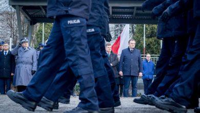 Ślubowanie nowych policjantów w Katowicach. Śląska policja ma setkę nowych mundurowych! (fot.slaskie.pl)