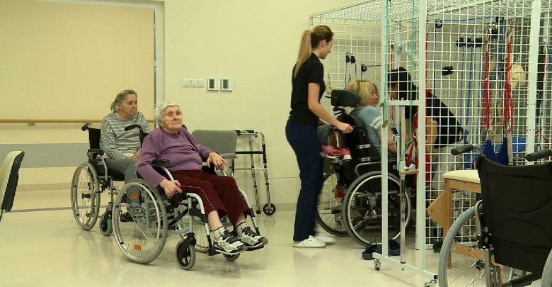 Kierunek Zdrowie: Udar mózgu. Błyskawiczna pomoc i rehabilitacja są najważniejsze!