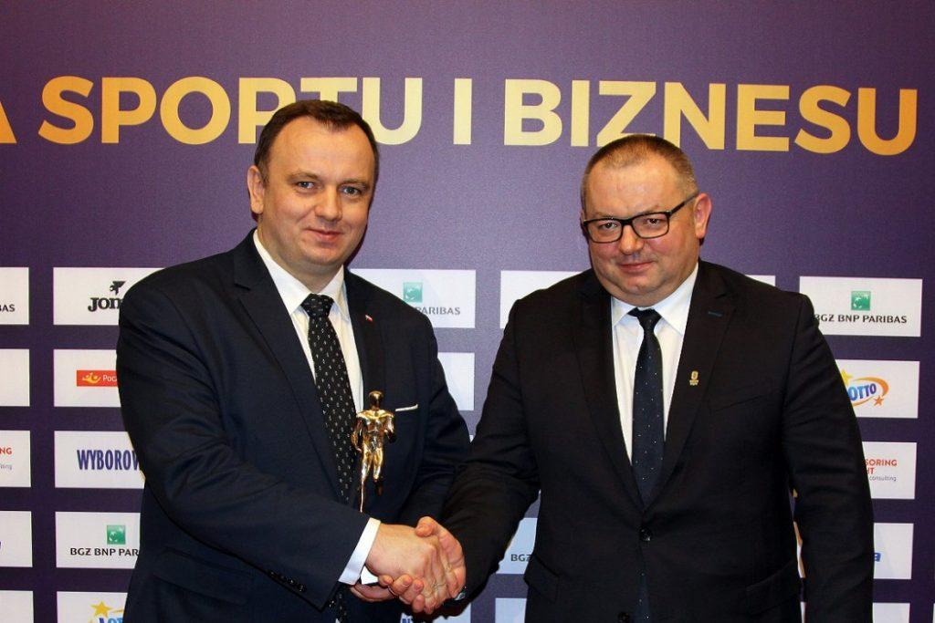 Stadion Śląski w Chorzowie dostał prestiżową nagrodę! Kocioł Czarownic otrzymał nagrodę Biznesu Sportowego DEMES za rok 2018 w kategorii Obiekt Sportowy (slaskie.pl)