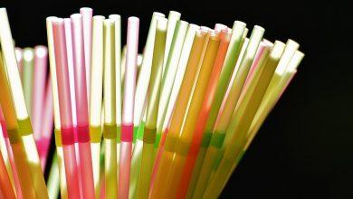 Koniec z plastikowymi słomkami i sztucami! Parlament Europejski podjął decyzję