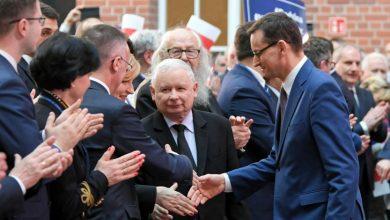 Premier Morawiecki do internautów: Jestem z wami!