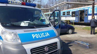 Śląskie: Tragiczny wypadek na torach. Policjanci ustalają tożsamość potrąconego przez pociąg mężczyzny (fot.KPP Cieszyn)