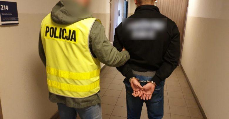 Ruda Śląska: Pseudokibice chcieli rozjechać samochodem 25-latka! Klubowe porachunki?