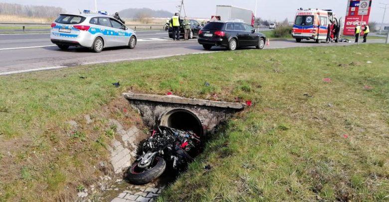 Tragiczny wypadek na DK 1 w Poczesnej! Mężczyzna wjechał do rowu (fot. Pomoc Drogowa Wal-Car Ratownictwo Drogowe)