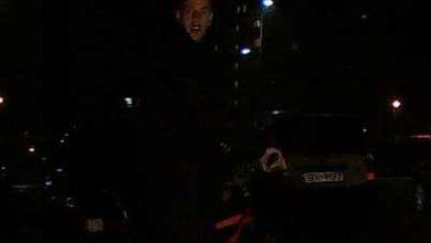 """Tychy: Pobił mężczyznę na parkingu na oś. """"M"""". Rozpoznajecie go? (fot.KMP Tychy)"""