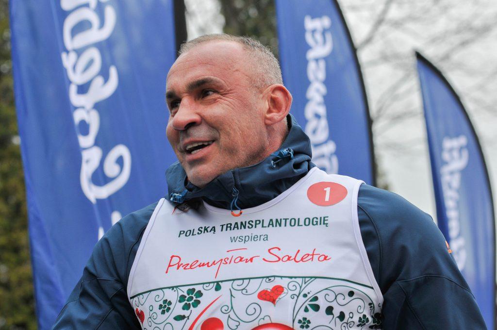 Ambasadorem Biegu po Nowe Życie jest Przemysław Saleta, który przed laty oddał nerkę swojej córce Nicole