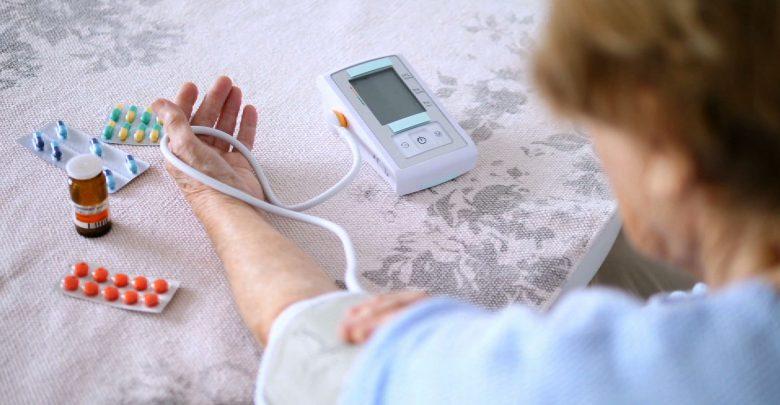 Nowoczesny geriatra to i lekarz i przyjaciel. Jak działa geriatria na Śląsku? Zobacz KIERUNEK ZDROWIE!