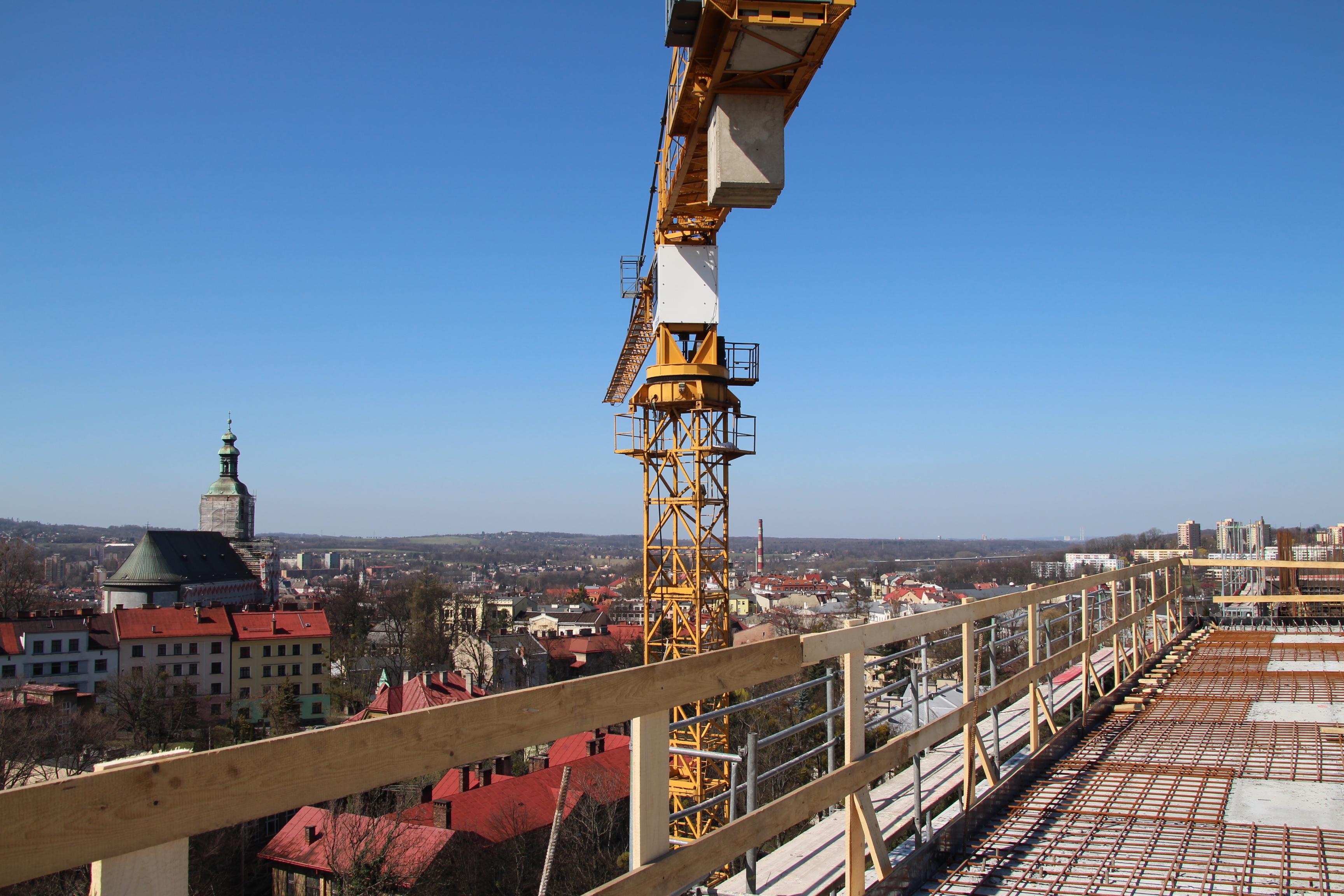 Lądowisko dla śmigłowców powstaje na dachu Szpitala Śląskiego [FOTO] (fot. materiały prasowe)