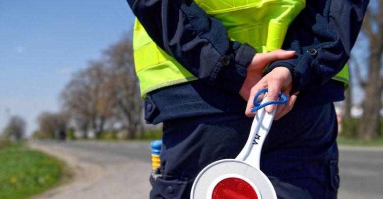 Od piątku na polskich drogach doszło do 175 wypadków. Zginęło w nich 20 osób, a 190 zostało rannych.