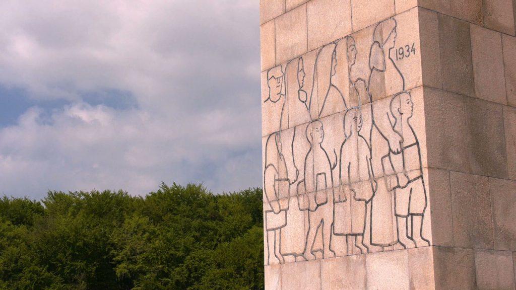 Przed Pomnikiem Czynu Powstańczego na Górze Świętej Anny odbyły się uroczystości z okazji 98. rocznicy wybuchu III Powstania Śląskiego