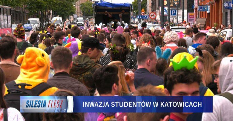 Juwenalia śląskie. Studenci przejęli kontrolę nad Katowicami [WIDEO] (fot.mat.TVS)