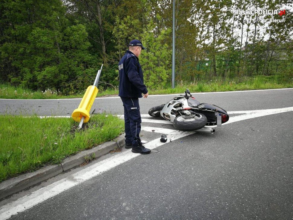 To się zbyt często nie zdarza. Wypadek motocyklisty po którym... ranny motocyklista mimo odniesionych obrażeń postanawia uciekać!