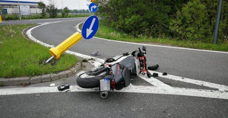Śląskie: Ranny motocyklista uciekł z miejsca wypadku. Złapali go policjanci (fot.KPP Bieruń)
