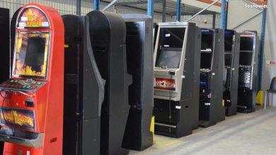 """Sosnowiec: Koniec z """"nielegalem"""". Automaty do gry zarekwirowane (fot.policja)"""