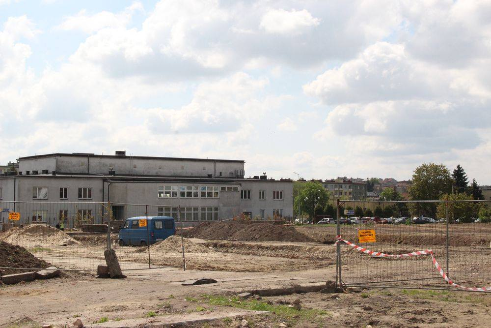Radzionków: Rozpoczęła się budowa płyty nowego rynku [FOTO]