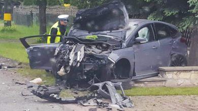 Groźny wypadek na DK 78 w Zawierciu! [FOTO] Kierowcy zakleszczyli się w pojazdach