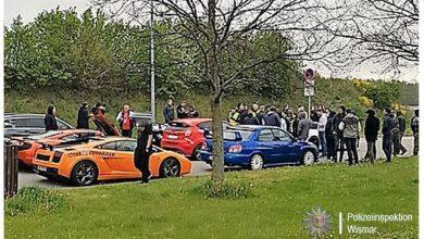 Policja zatrzymała 120 luksusowych aut jadących w stronę Szczecina