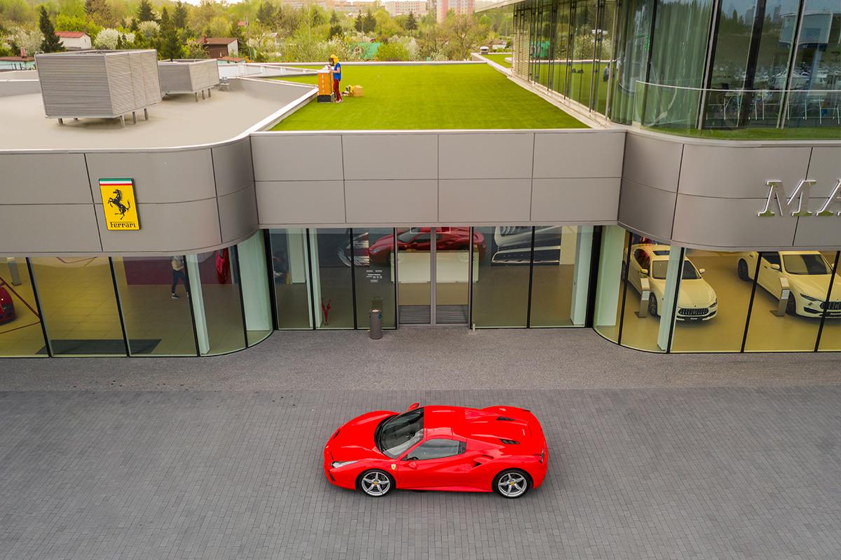 Katowice: Otwarcie pasieki na dachu salonu Ferrari [ZDJĘCIA] (fot.mat.prasowe)