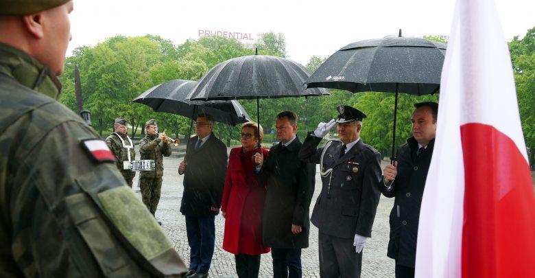 Tego jeszcze nie było! Tegoroczna defilada Wojska Polskiego odbędzie się w... Katowicach. Zapowiedział to dzisiaj w Katowicach szef MON, Mariusz Błaszczak (fot.ŚUW)