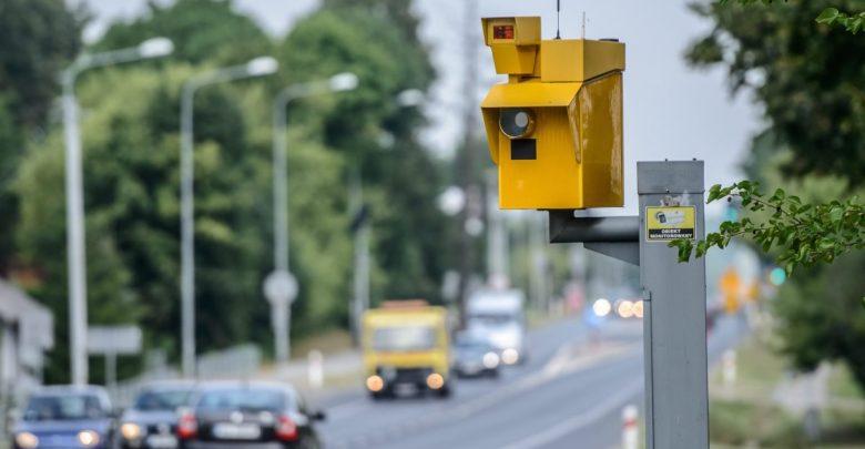 Fotoradar, który został zainstalowany w 2017 r. na zjeździe z A1 na A4 przy węźle Sośnica zrobił już ponad 26 tys. zdjęć. Według policyjnych statystyk liczba wypadków spadła praktycznie do zera. [archiwum]