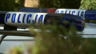 Pił alkohol za kierownicą i prawie rozjechał policjanta [WIDEO] 39-latek zatrzymany